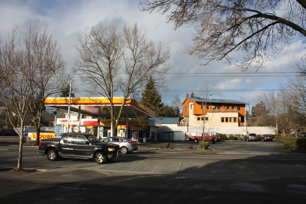 This Shell station makes for a dull block and an opportunity.