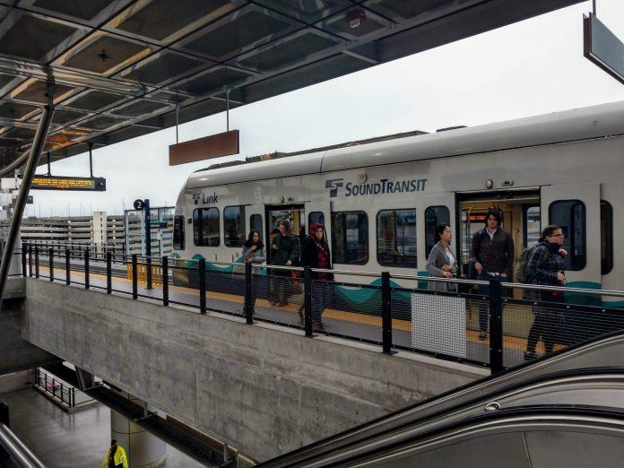 Sound Transit Modernizes Signage And Wayfinding Scheme The Urbanist